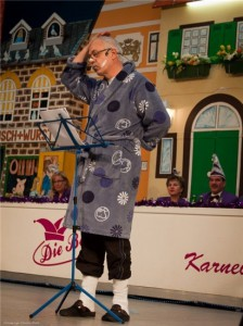 Ob er BH-Größen erklärt oder im Bademantel die Kanzlerin bewacht, Günter Püfken gehört seit Jahren zu der Büttenredner-Familie.